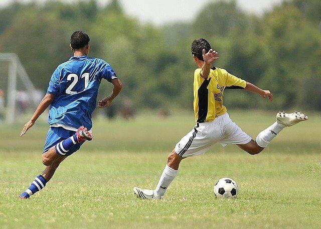 サッカーのシュート